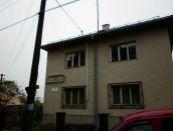 Komerčná budova v Jesenskom