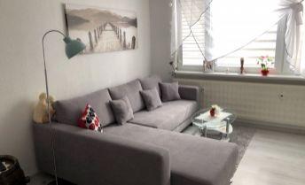 Na predaj nad štandardne prerobený veľkometrážny  1 izbový byt v Prievidzi