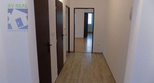 Prenájom 3 izbový byt 65 m2 Prievidza M. Mišíka 19020   bvreal.sk