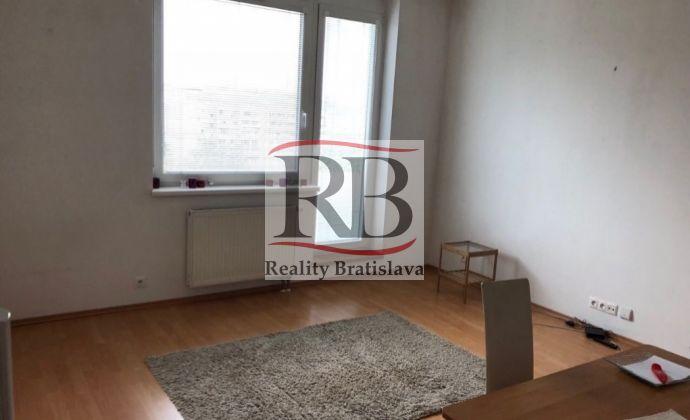 2izbový byt na Sumbalovej ulici, Karlova Ves