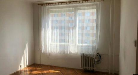 Prenájom - 1-izbový byt ul.Cyrilometodská v Nových Zámkoch..