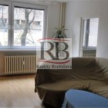 Svetlý 3-izb byt s výhľadom na zeleň, 63 m²