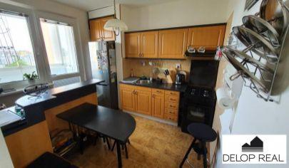 Zariadený 3 izbový byt s loggiou na Lenardovej ulici