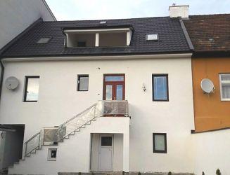 Zvolen – rodinný dom blízko centra mesta, pozemok 500 m2 – predaj