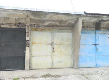 EXKLUZÍVNE predáme garáž na Legionárskej ul.v Seredi