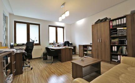 TOP: 3 izb. byt, 108 m2, KE – Staré mesto, súkromie, kompl. rekonštrukcia