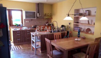 Realfinn- ZNÍŽENÁ CENA-predaj rodinný dom po rekonštrukcii Andovce