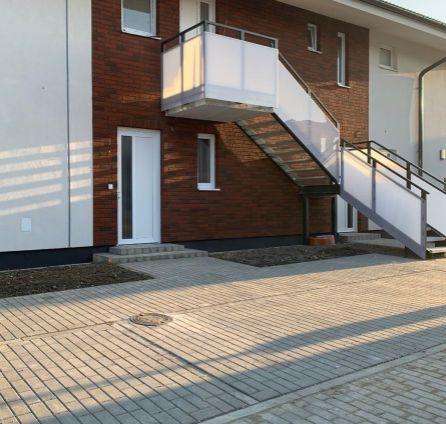 Novostavba - 1i byt holodom- záhrada 23m2 - vyhradené státie pred domom - Podunajské Biskupice - Ligurčeková
