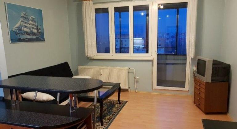 Prenájom 2,5 izbový byt Bratislava-Petržalka, Hálova ulica