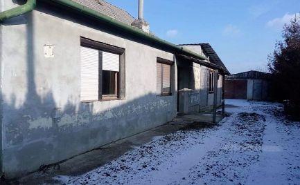 Na predaj stavebný pozemok Vlčany, okres Šaľa