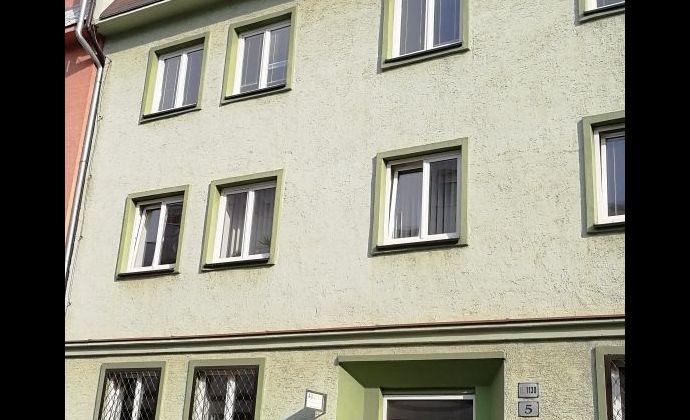 Samostatná kancelária na prenájom v žiadanej lokalite Ružinova, 25,2 m2, Nitrianska ul.