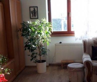 Ponúkame na predaj 3 izbový byt v Ilave, 65 m2.