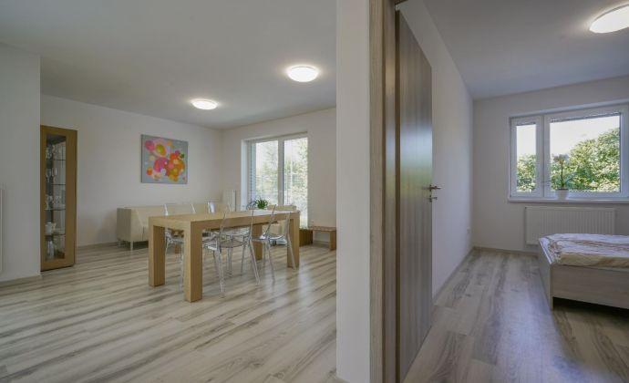 NOVOSTAVBA - 2 izbový byt v širšom centre Pezinka