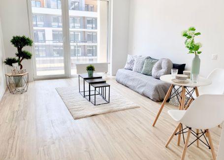 Predaj 1 izbový byt v štandarde + garážové státie, Slnečnice