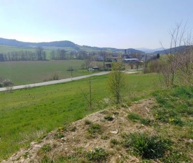 Exkluzívne iba u nás. Ponúkame na predaj stavebné pozemky v obci Dolný Lieskov.