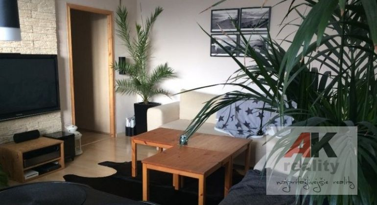 Prenájom 1,5 izbový byt Bratislava-Ružinov, Súmračná ulica