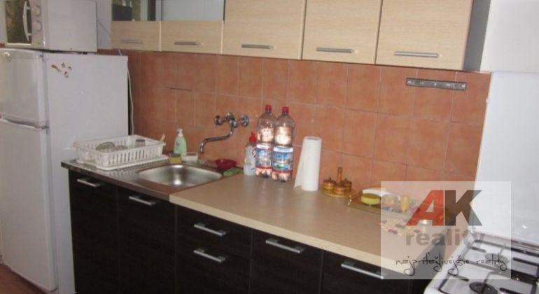 Prenájom 2 izbový byt Bratislava-Ružinov, Miletičova ulica