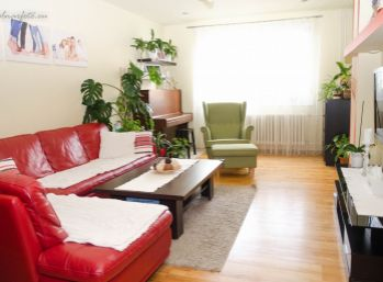 Vkusne zrekonštruovaný 4 izb. byt s balkónom 83 m2 sidl. Muškát - Pezinok