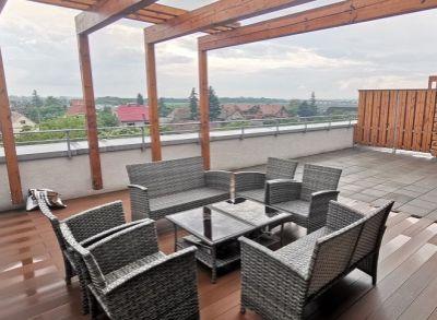 Dizajnový 2-izbový byt s terasou 58m2 a parkingom