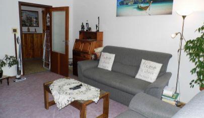 MARTIN 3 izbový byt 72m2 s lodžiou v pôvodnom stave, Záturčie