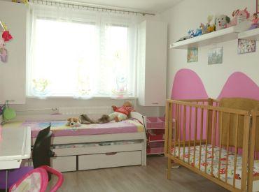Krásny kompletne prerobený 4 izbový byt, Dubnica nad Váhom