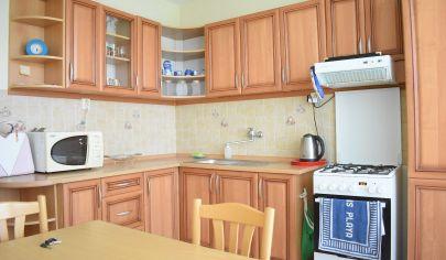 Ponúkame na prenájom 2 izbový byt za super cenu v meste Nitra.