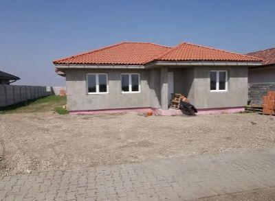 Moderný 4-izbový rodinný dom osadený na pozemku až 800m2