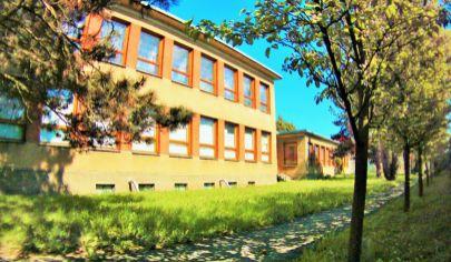 DOLNÝ KUBÍN Polyfunkčné budovy na pozemku 2300m2 Znížená cena!