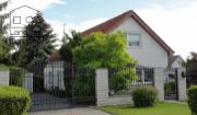 *** REZERVOVANÉ *** 4 izbový rodinný dom s terasou, krbom, altánkom, garážou a krásne upravenou záhradou v tichej časti obce Záhorská Ves!!!