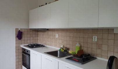 Samostatná izba v RD -blízko Polusu , ul. Matičná