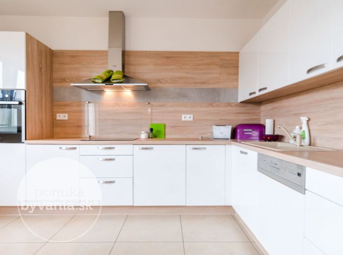 RYBÁRSKA, 4-i dom, 135 m2 - klimatizácia, NOVOSTAVBA, podlahové kúrenie, NÍZKE NÁKLADY, Dunaj
