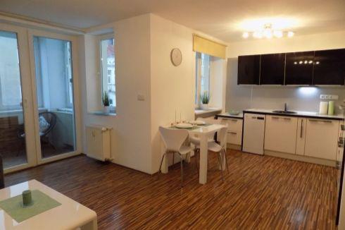 3 - izbový byt - prenájom - centrum