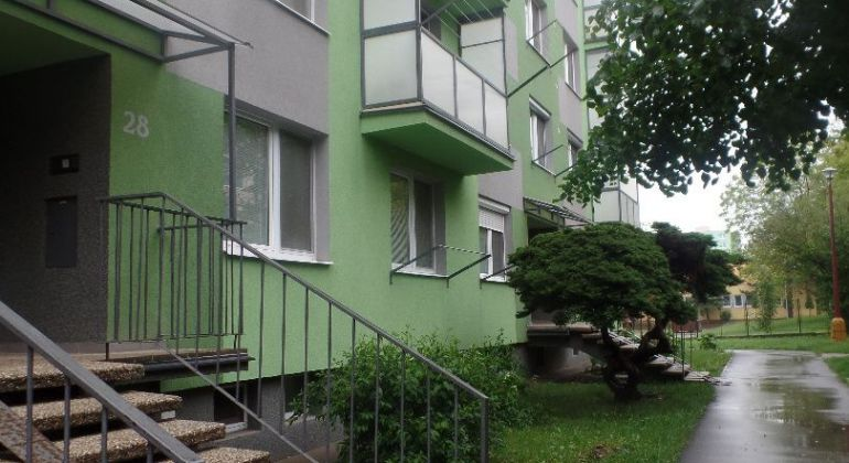 Znížená cena- Pekný 2- izb.byt v Skalici