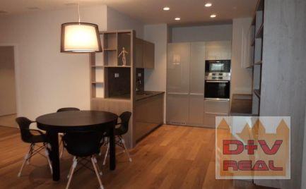 D+V real ponúka na predaj: 3 izbový byt, Nám. Slobody, Bratislava I, Staré Mesto, parkovacie miesto v cene, nový, moderze vybavený a zariadený