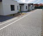 Skolaudovaný 3i rodinný dom + pozemok 241 m2, 2x parkovacie státie, Trenčín / Zlatovce