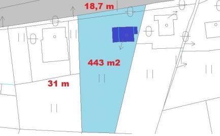 Rekreačná chata s pozemkom 443 m2, pri B. Bystrici – cena 62 000€