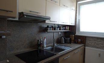 Ponúkame na predaj 3 izbový byt v Šamoríne Dunajská ulica