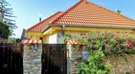 Kuchárek-real: Novostavba 4 izbového rodinného domu v Modre