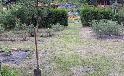 ZĽAVA - Záhrada 399 m2  so záhradnou chatkou na rovine – Banská Bystrica, Uhlisko cena 14 000€