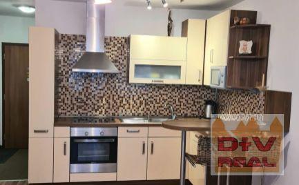 D+V real ponúka na prenájom:  2 izbový byt, Svätý Jur, Pannónska ulica, zariadený, balkón
