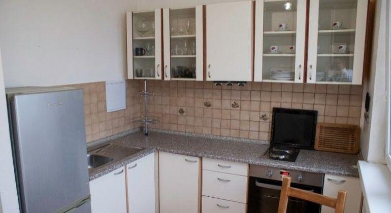 Prenájom 1 izbový byt Bratislava-Petržalka, Rovniankova ulica