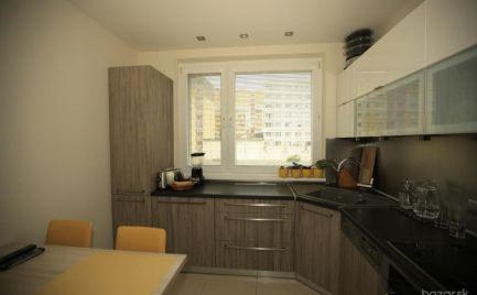 Predaj zariadený pekný 3 izbový byt s balkónom Hlaváčikova ul. Karlova Ves