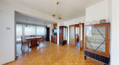 Rodinný dom /pozemok 647 m2, zachovalý stav/  Moravany nad Váhom