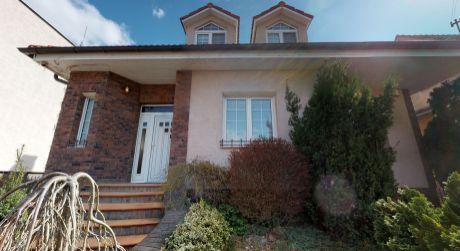 Útulný rodinný dom /mestská časť Floreát/ Piešťany