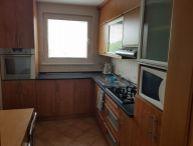 REALFINANC - 100% aktuálny ! Ponúkame na predaj 3 izbový byt s loggiou, po kompletnej rekonštrukcii na ulici J.G.Tajovského, sídl. Prednádražie, Trnava !!!