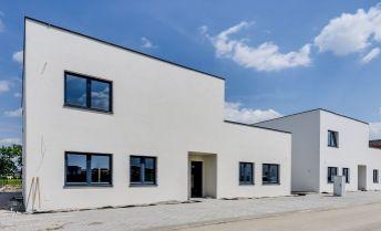 4 izbový rodinný dom, 112,10m2, rozloha pozemku 570,1m2, 2x parkovacie státie, už skolaudované,cena ako u developera