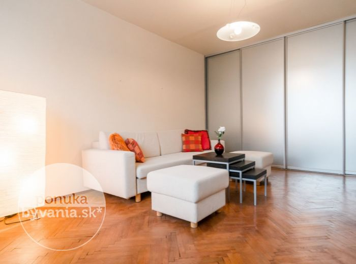 REZERVOVANÉ - PIEŠŤANSKÁ, 2-i byt, 51 m2 - blízko KARPÁT aj CENTRA, zariadený, IHNEĎ VOĽNÝ, výborná dostupnosť