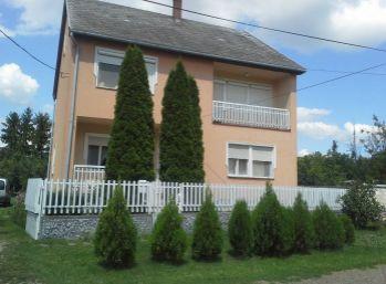 Predáme rodinný dom - Maďarsko - Encs - tehla