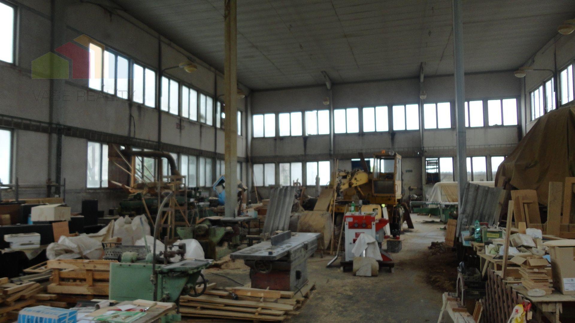 Predaj výrobno-skladového objektu, Chtelnica
