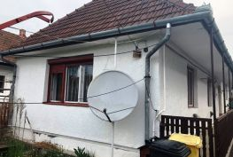 MAĎARSKO - PÁLHÁZA SUPER CHALUPA TOP STAV 3 IZBY, POZEMOK 1200 M2.
